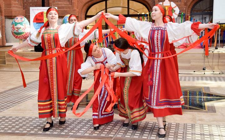 Традиции праздника Красная Горка и даты в 2021 году