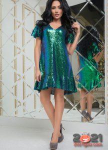 Зеленое коктейльное платье на Новый Год 2021