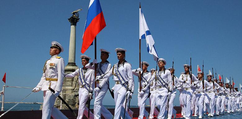 праздничное шествие ко дню вмф