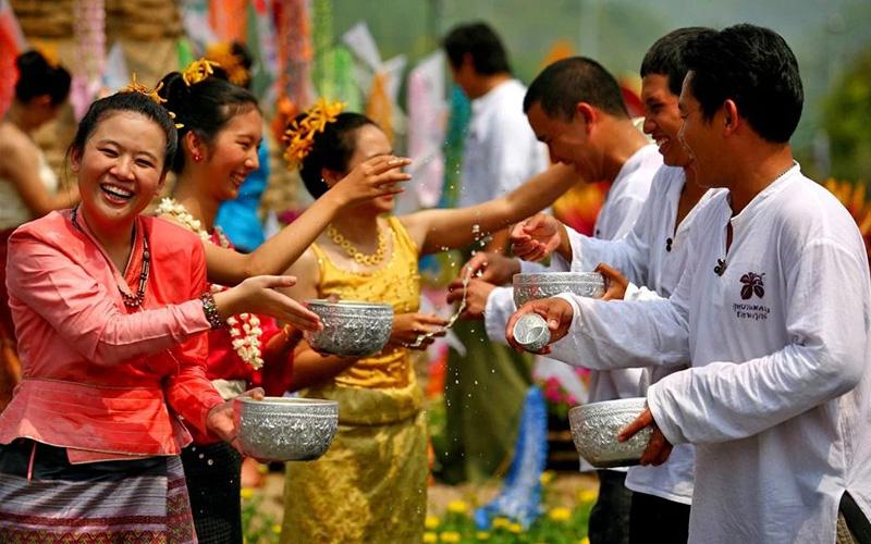 Традиции тайского Нового Года и даты праздника в 2021 году