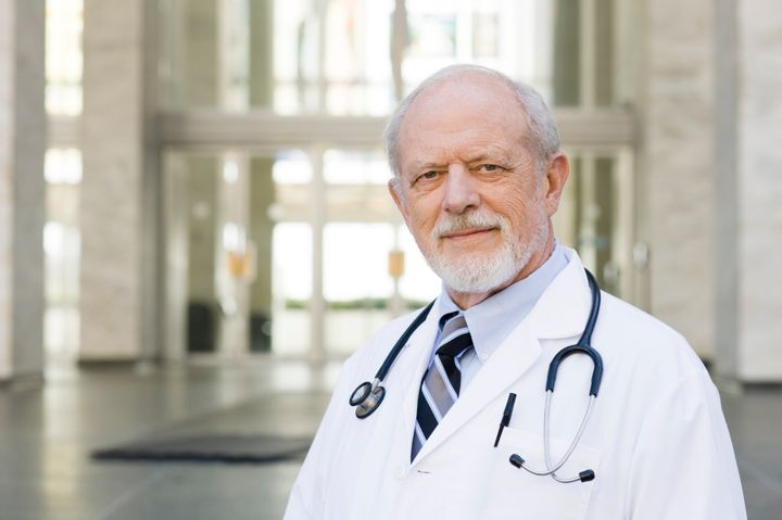 Доктор пенсионер