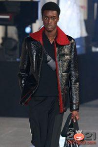 МОдная кожаная мужская куртка с красным мехом осень-зима 2020-2021