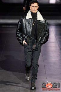 Кожаная мужская куртка осень-зима 2020-2021 с белым мехом