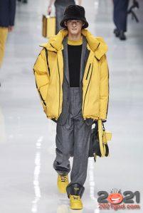 Желтый мужской пуховик осень-зима 2020-2021