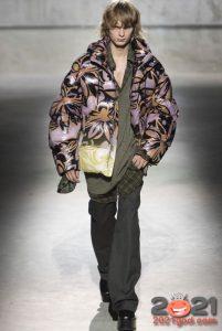 Модная мужская куртка пуховик с принтом на 2020-2021 год