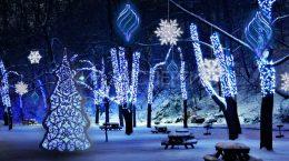 новогодние декорации на улицах екатеринбурга