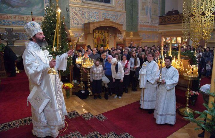 Рождественская служа в церкви