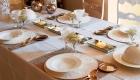 Сервировка новогоднего стола на 2021 год в золотом цвете