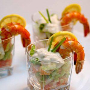 Необычный салат в стаканах на Новый год 2021