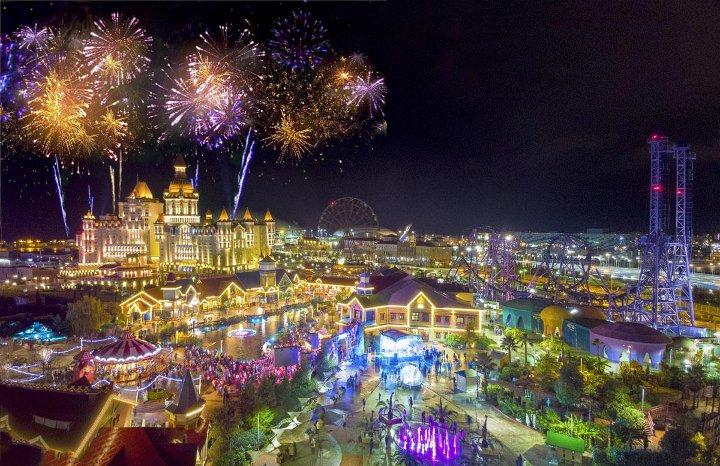 новогодние декорации Сочи