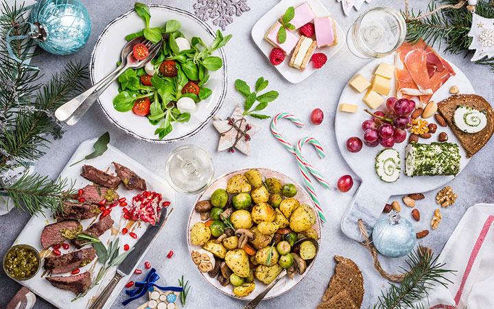 Новогодний стол на 2021 год - меню, что нельзя готовить, как оформить