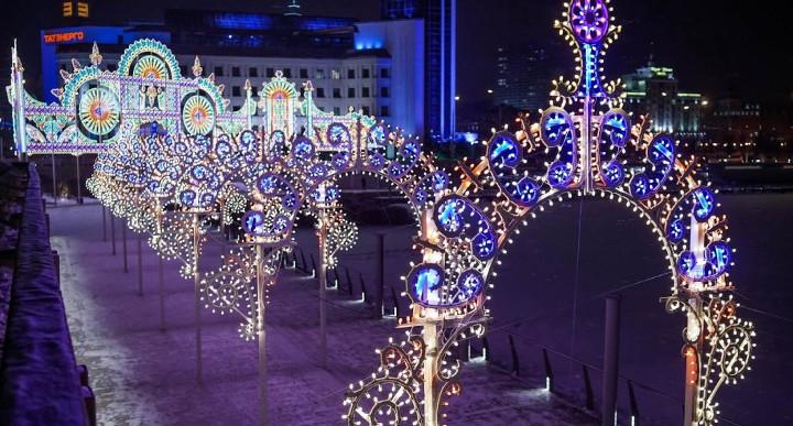 новогодние декорации улиц казани