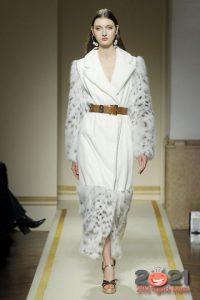 Меховое пальто комбинированное осень-зима 2020-2021