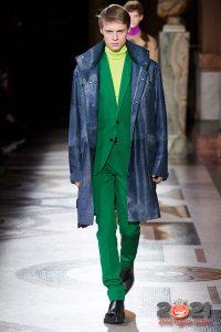 Модное кожаное пальто осень-зима 2020-2021