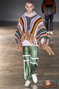 Модное мужское пончо осень-зима 2020-2021