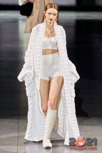 Модный образ для встречи Нового Года 2021