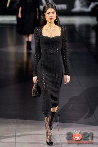 Вязаное черное платье от Dolce Gabbana на 2021 год