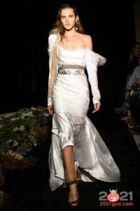 Модные серебристые оттенки свадебного платья на 2021 год