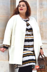 Модное белое пальто для полных женщин на 2020-2021 год
