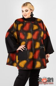 Модное пальто с рисунком для полных женщин на 2020-2021 год