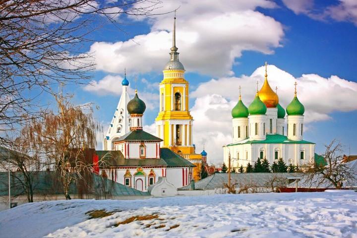 Старо-Голутвин Монастырь в Коломне