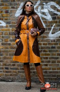Комбинированное кожаное пальто - уличная мода 2020-2021