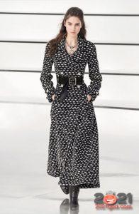 Модное пальто от Шанель зима 2020-2021