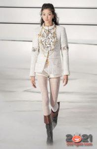 Модные шорты из коллекции Chanel на 2021 год