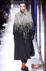Модное мужское пальто Валентино осень-зима 2020-2021