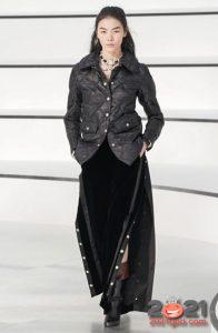 Модные брюки с высокими разрезами от Шанель