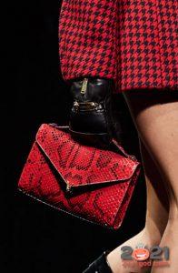 Модная сумка из кожи питона на 2021 год