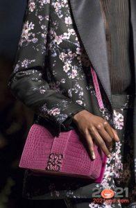 Модная сиреневая сумка сезона осень-зима 2020-2021