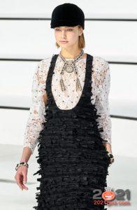 Модная блуза Шанель на 2021 год