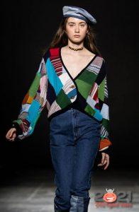Модный джинсовый берет и другие головные уборы 2021 года