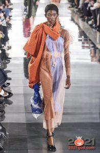 Асимметричный шарф Maison Margiela осень-зима 2020-2021