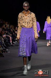 Модная юбка с асимметричным декором сезона осень-зима 2020-2021