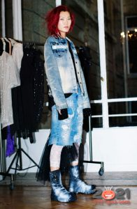 Модная джинсовая юбка на 2021 год