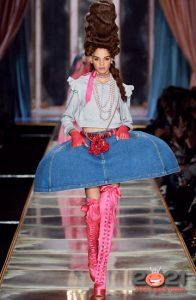 Джинсовая юбка-колокол осень-зима 2020-2021