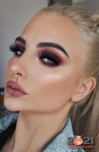 Модный макияж Smokey Eye осень-зима 2020-2021