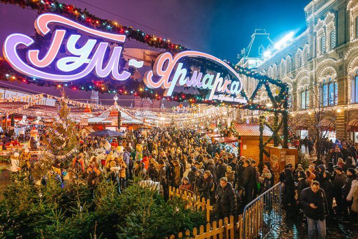 Новогодняя ярмарка в ГУМе