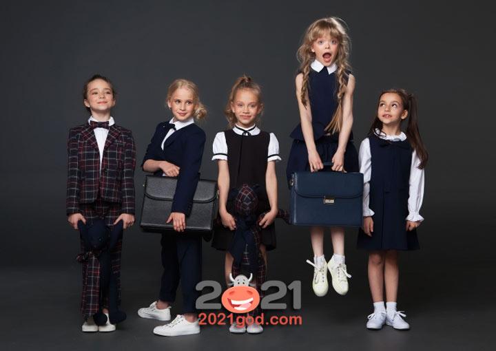 Школьная форма для самых маленьких в 2021 году