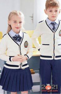 Модные кардиганы в школу на 2021 год