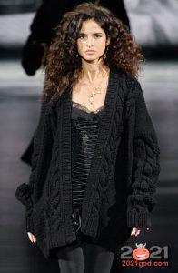 Модный черный кардиган на зиму 2020-2021