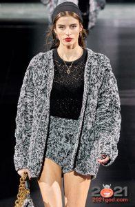 Модный вязаный кардиган на зиму 2020-2021