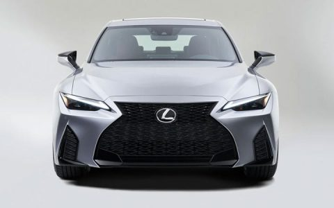 Экстерьер Lexus IS 2021