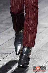 Ботильоны с острым носком и цепями - модный тренд 2021 года