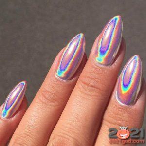 Модный маникюр 2020-2021 - втирка с эффектом радуги