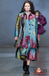Tie-Dye - модный принт зимы 2020-2021