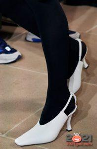 Модные туфли с длинным квадратным носком на 2021 год