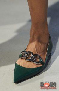 Модные туфли с цепочкой на 2021 год